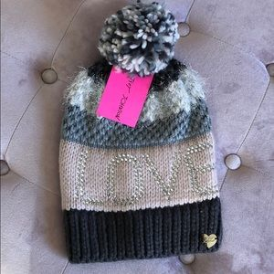 NWT Betsey Johnson Love Pom Beanie